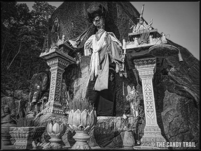 headless statue khmer rouge
