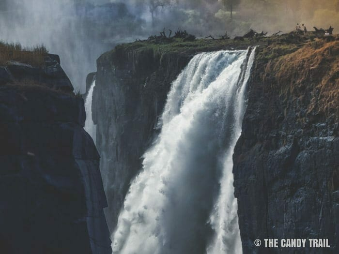 victoria falls in the dry season - best time to visit