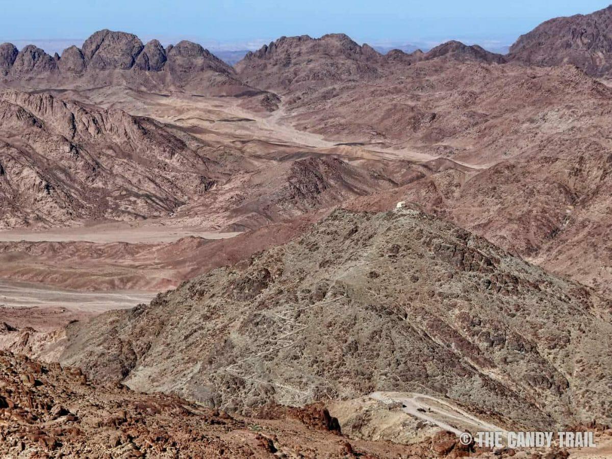 desert-mountains-vista hiking mounts inai egypt