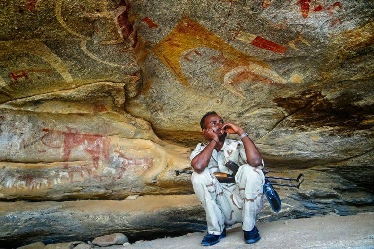soldier-at-las-geel-cave-somaliland