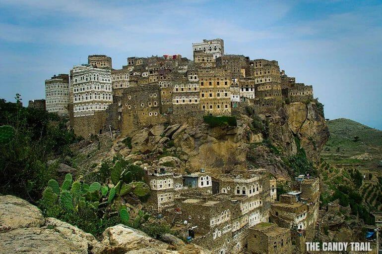 al-hajjarah-village-yemen2