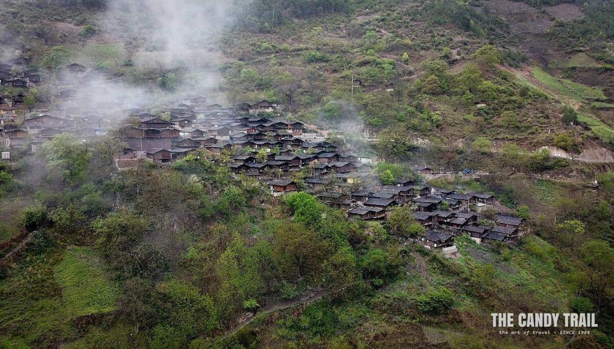 Tong Le - Lisu Minority Village amid clouds of Yunnan province china