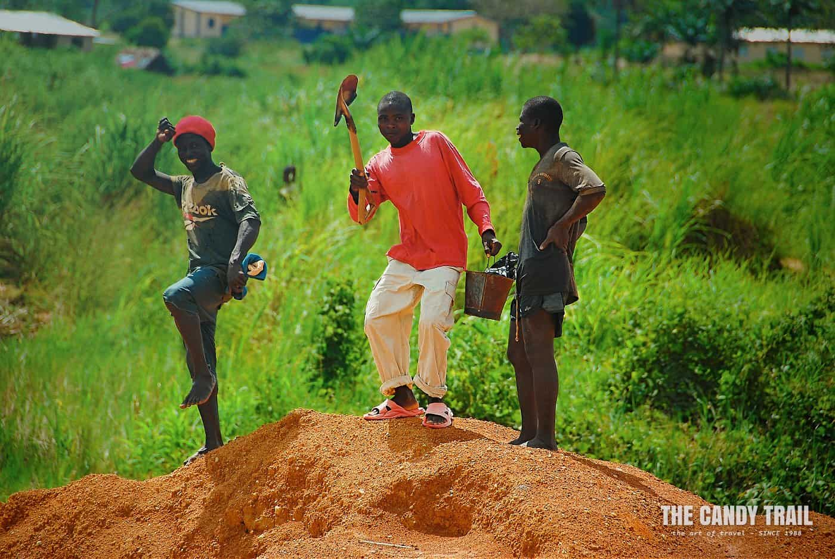 diamond miners pose kono sierra leone