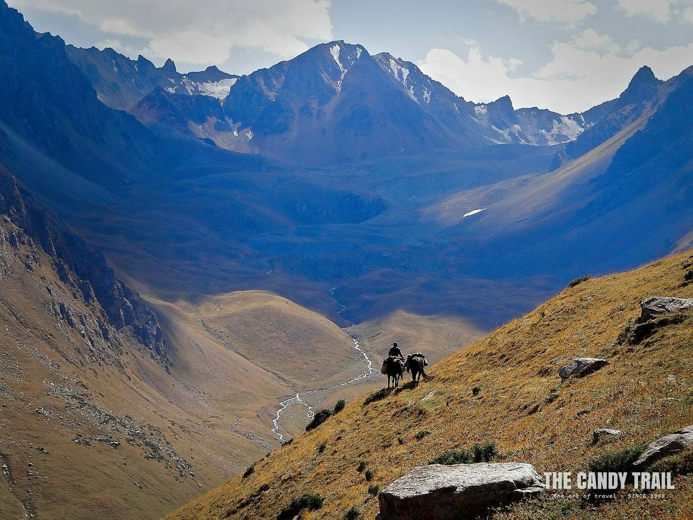 ala kol lake horse trekking kyrgyzstan