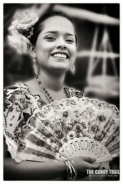 mexico-beautiful-woman-smile-female-portrait