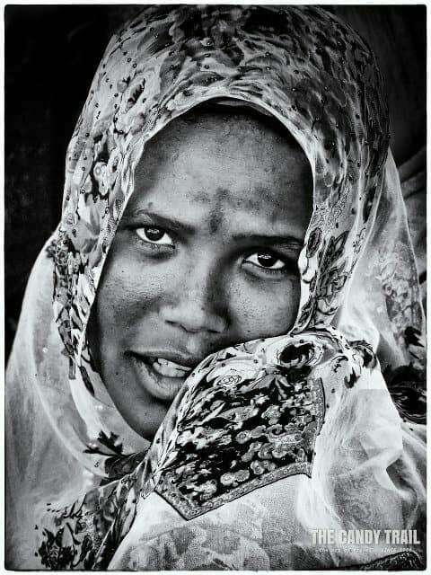 tattooed-face-ethiopia-female-portrait