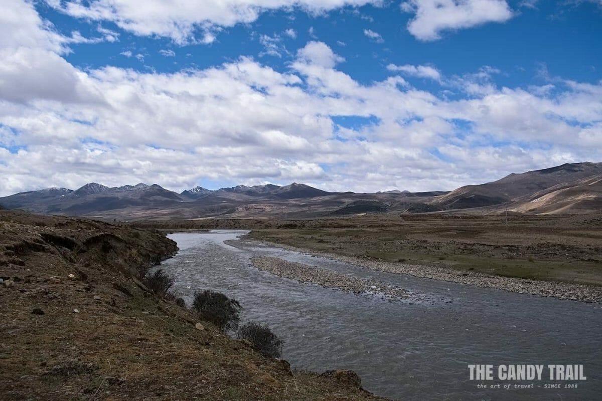 river valley tibetan sichuan china